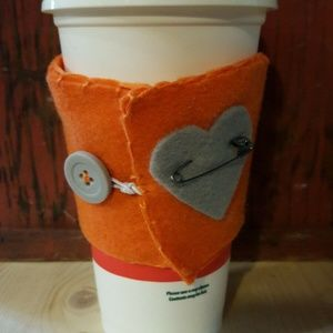 Other - 🍓Felt Cup Wrap Orange adjustable button close NEW
